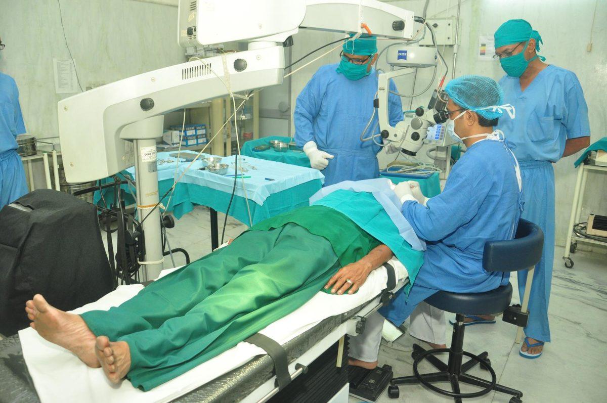 Karuna Sindhu Hospital   Vishwa Jagriti Mission   Sudhanshu Ji Maharaj
